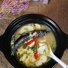 嘎牙子鱼豆腐汤
