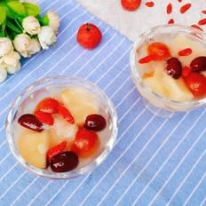 银耳苹果红果汤