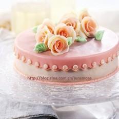 巧克力玫瑰装饰蛋糕
