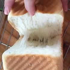 一次发酵玉米油版吐司面包的做法