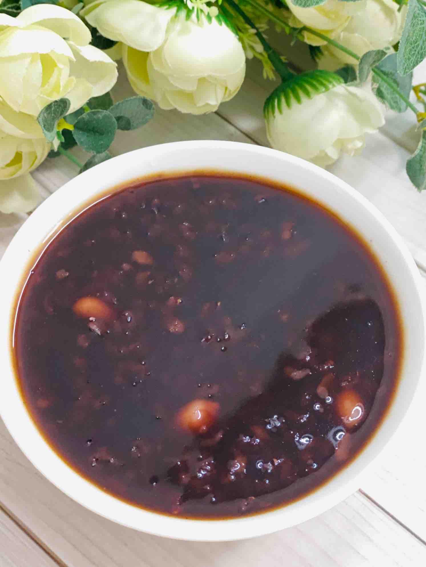 养生杂粮紫薯黑米红豆粥
