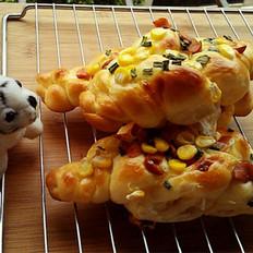 玉米香肠奶酪包