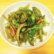 酸菜炒泥鳅
