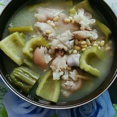 黄豆苦瓜猪手汤
