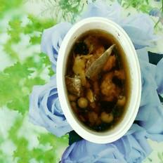 灵芝药材骨头汤