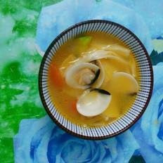 蔬菜蛤蜊汤
