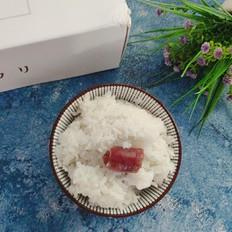 越光腊肠米饭的做法