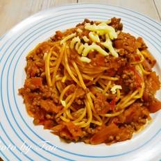 意大利人的最爱:经典番茄肉酱意面