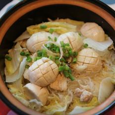 私家厨房--【银鱼白菜粉丝煲】