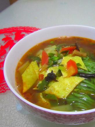 虾仁菠菜臊子面的做法