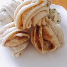 芝麻花卷和葱油花卷