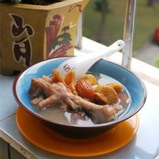 栗子鸡爪海鲜汤