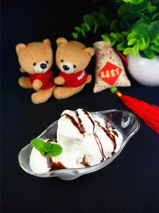 鲜奶冰淇淋的做法