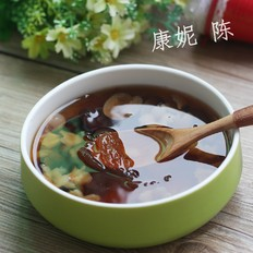 桂圆红枣炖燕窝