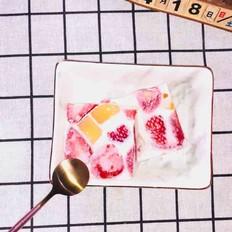 芒果草莓布丁