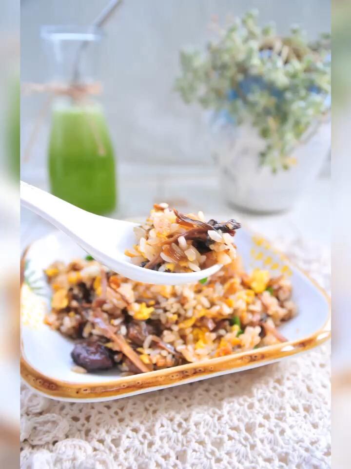 梅干菜炒饭