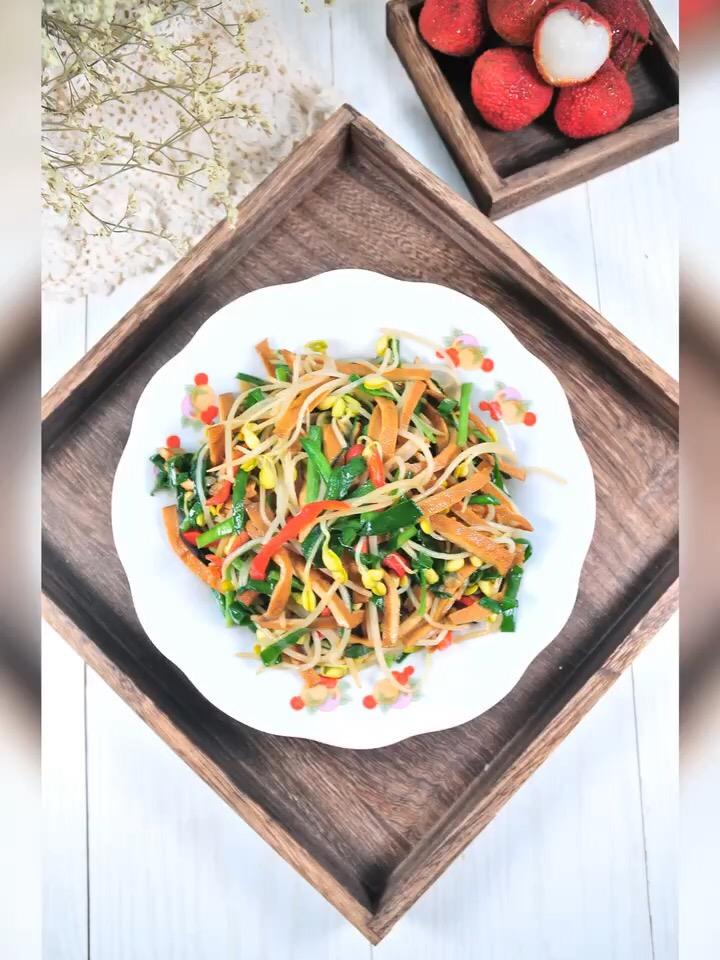 韭菜豆芽炒干子