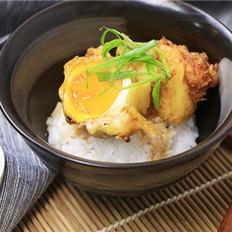 鸡蛋天妇罗盖饭