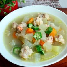 蔬菜汤汆虾肉丸