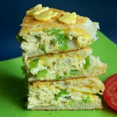 青椒煎蛋奶酪三明治