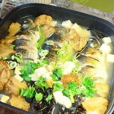 猴头菇豆腐炖鲫鱼