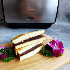 豆沙蛋糕三明治的做法