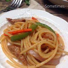 黑椒猪肉炒意粉