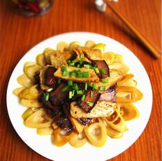 竹笋腊肉炒酱干