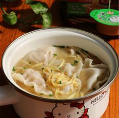 白菜猪肉汤饺