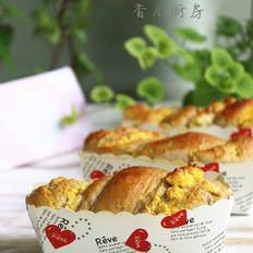奶香椰蓉花式面包