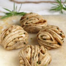 小茴香籽葱油花卷