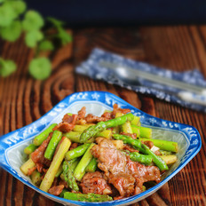 黑椒蘆筍牛肉