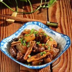 肋排萝卜烧腐竹的做法大全