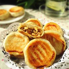 榨菜笋丁鲜肉饼