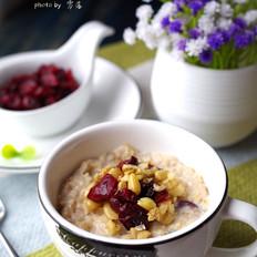 蔓越莓燕麦粥