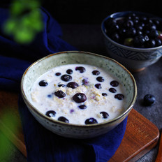 蓝莓燕麦粥