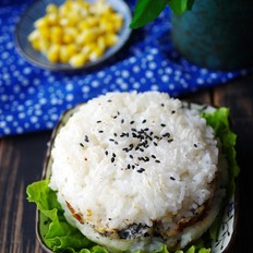 米饭肉饼汉堡