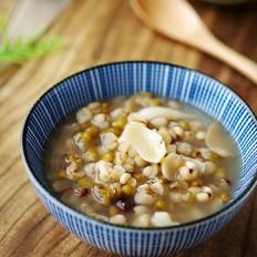 绿豆薏仁百合汤