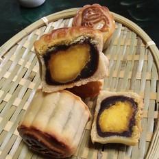 红豆沙咸蛋黄月饼