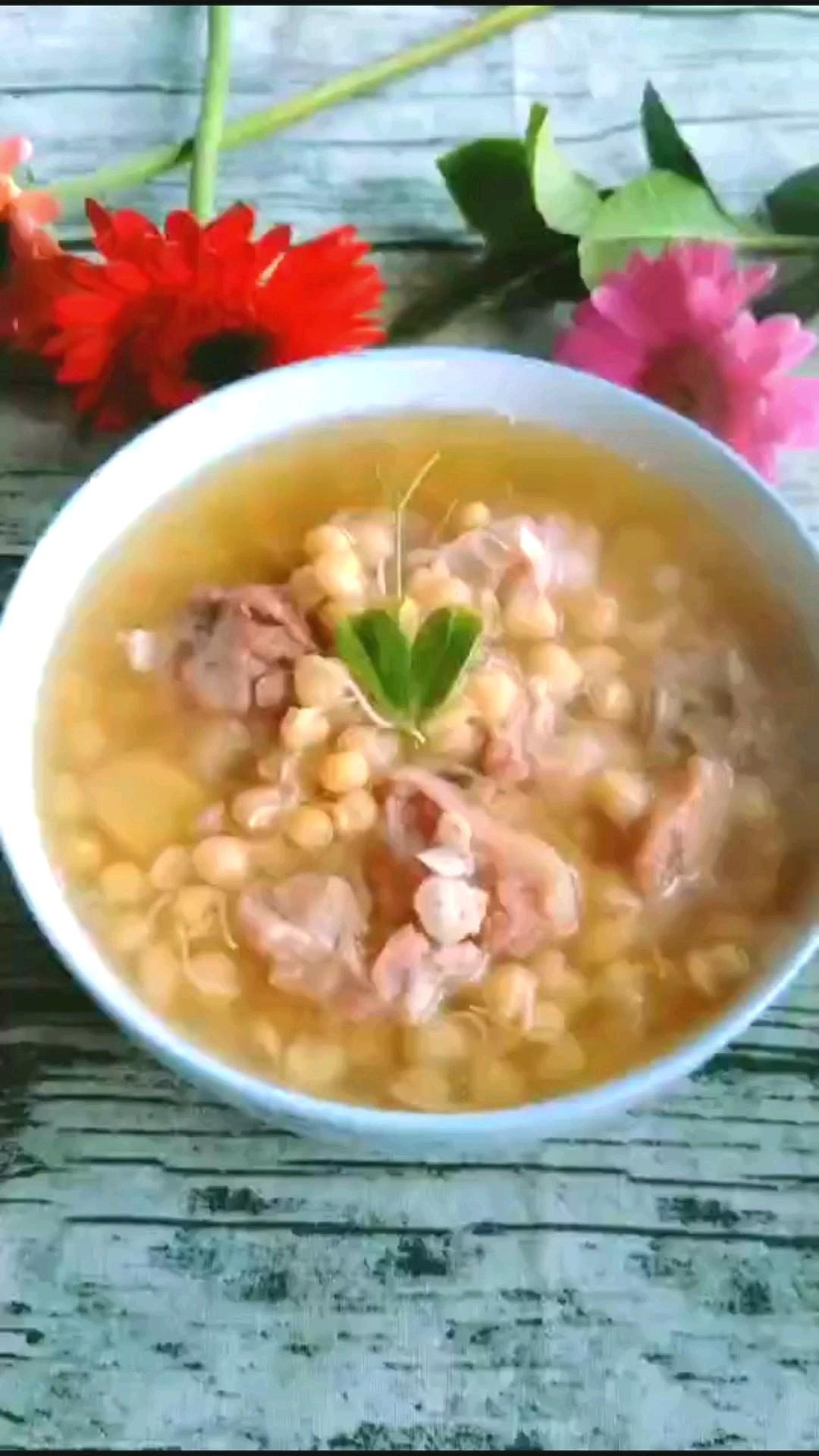 蹄花蜿豆芽汤