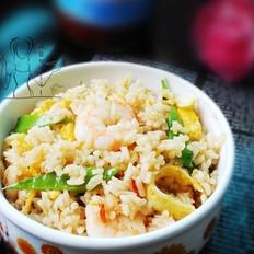 泰汁鲜虾蛋炒饭