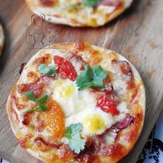 -迷你培根鹌鹑蛋披萨
