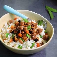 香菇鸡肉拌米饭
