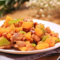 酸甜菠萝炒鸡丁的做法