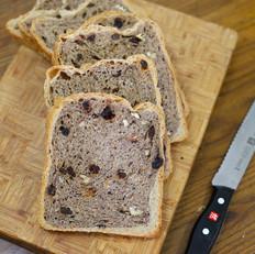 多谷物干果软欧面包