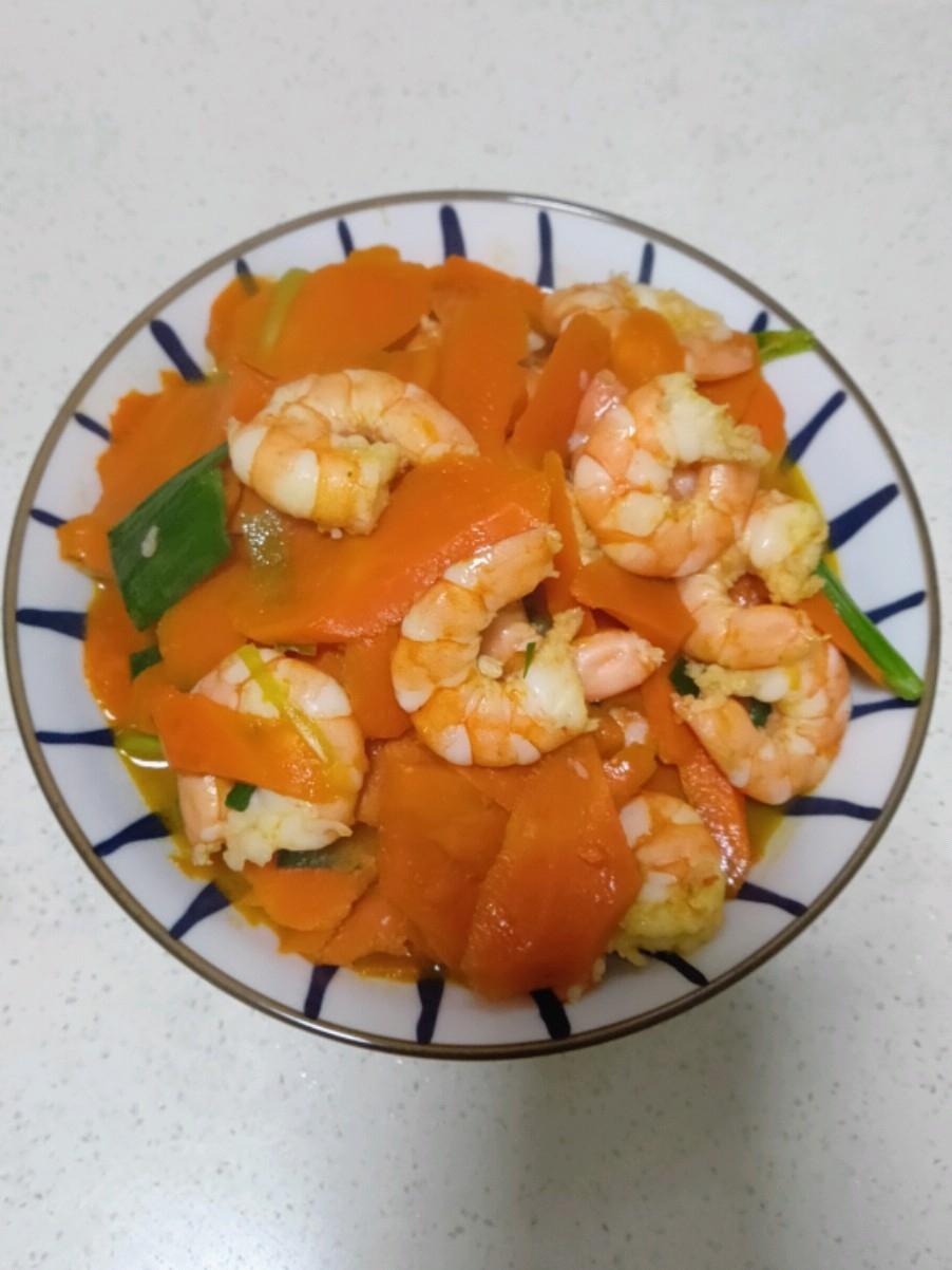 胡萝卜炒虾仁
