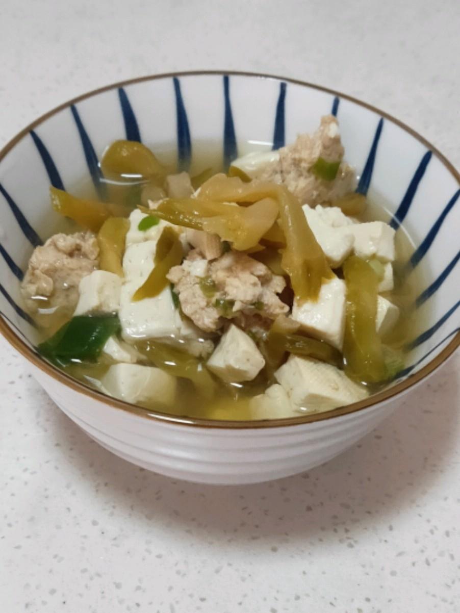 榨菜豆腐瘦肉汤