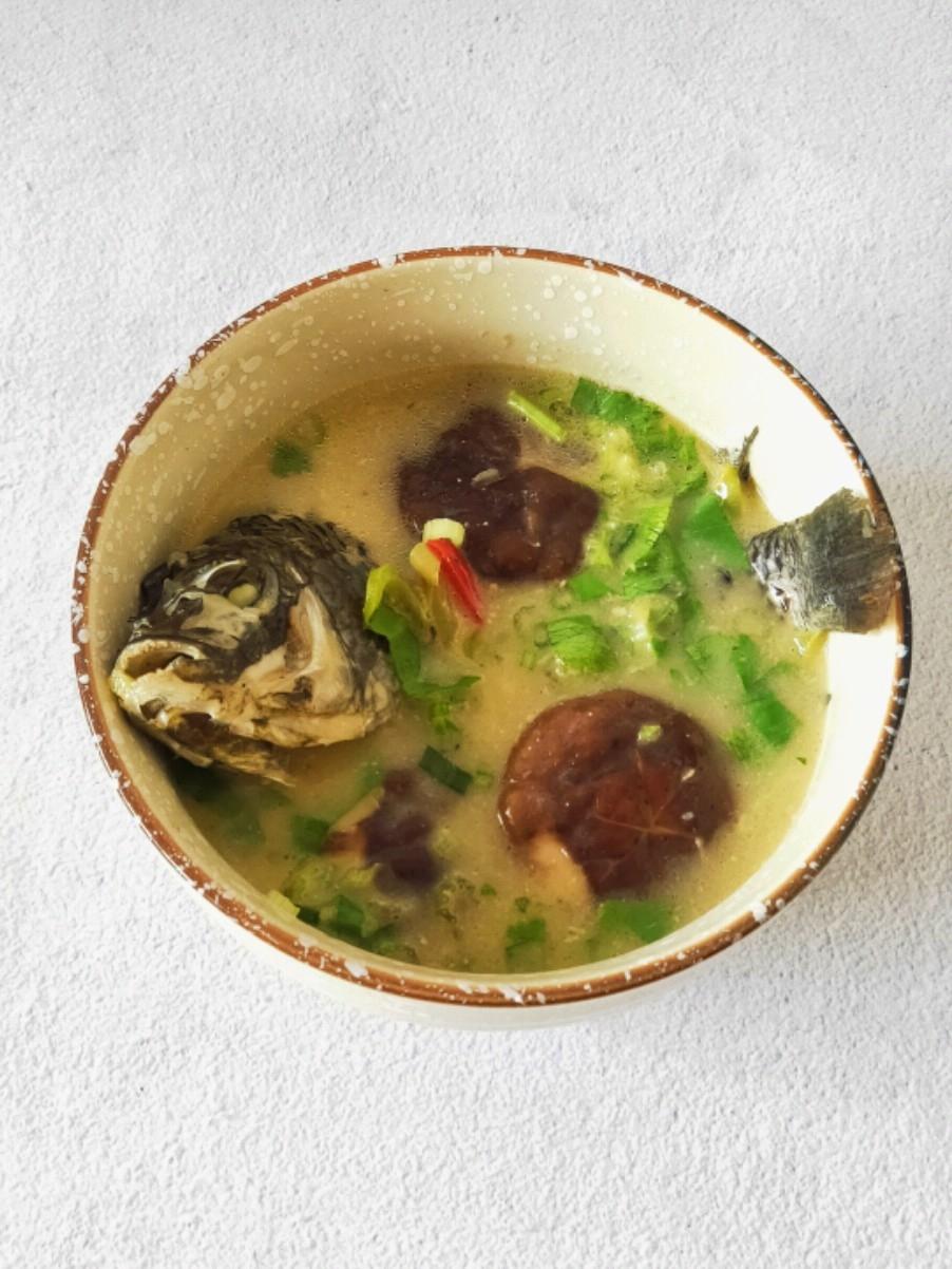 角瓜汤怎么做好吃香菇鲫鱼汤的做法