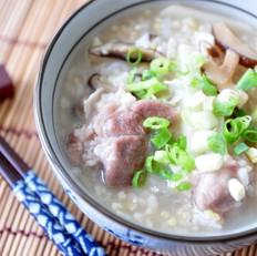 鲜笋香菇排骨养生粥