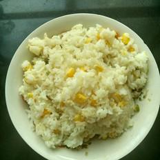 玉米粒山药焖饭
